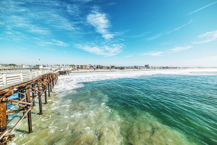 San Diego coastline with ocean and pier
