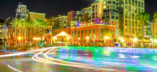long exposure photo of the Gaslamp Quarter and San Diego skyline at night